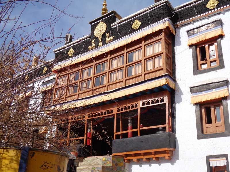 Samkar Gompa building exterior